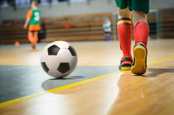 フットサルの練習も盛り上がる!練習着の選び方や種類について